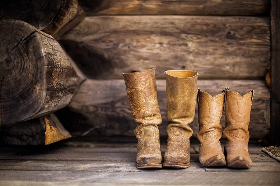 Botas camperas o cowboy: un estilo único a lo largo del s. XX (Lisas)